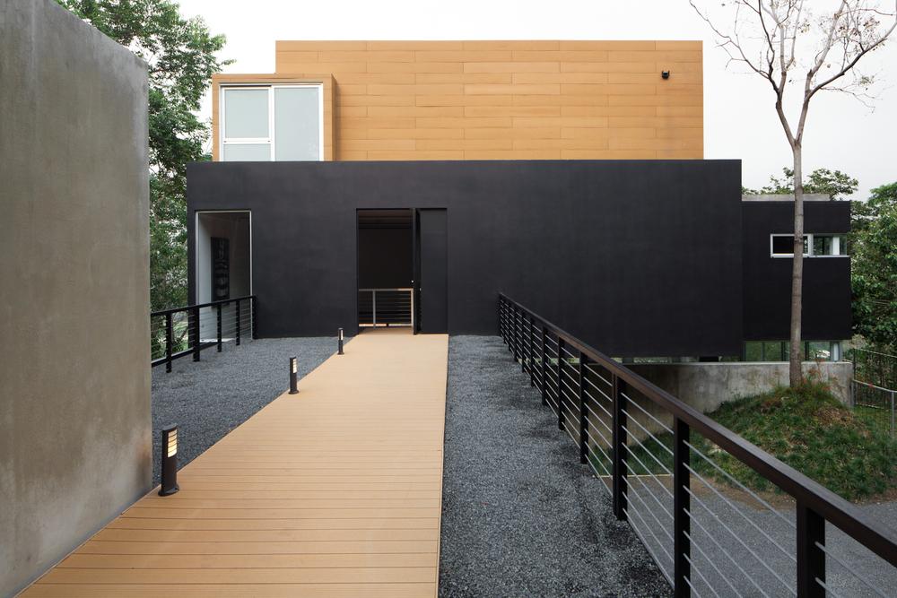 Architecture-Modern-Mi3-El-Salvador-Jason-Bax-3.JPG