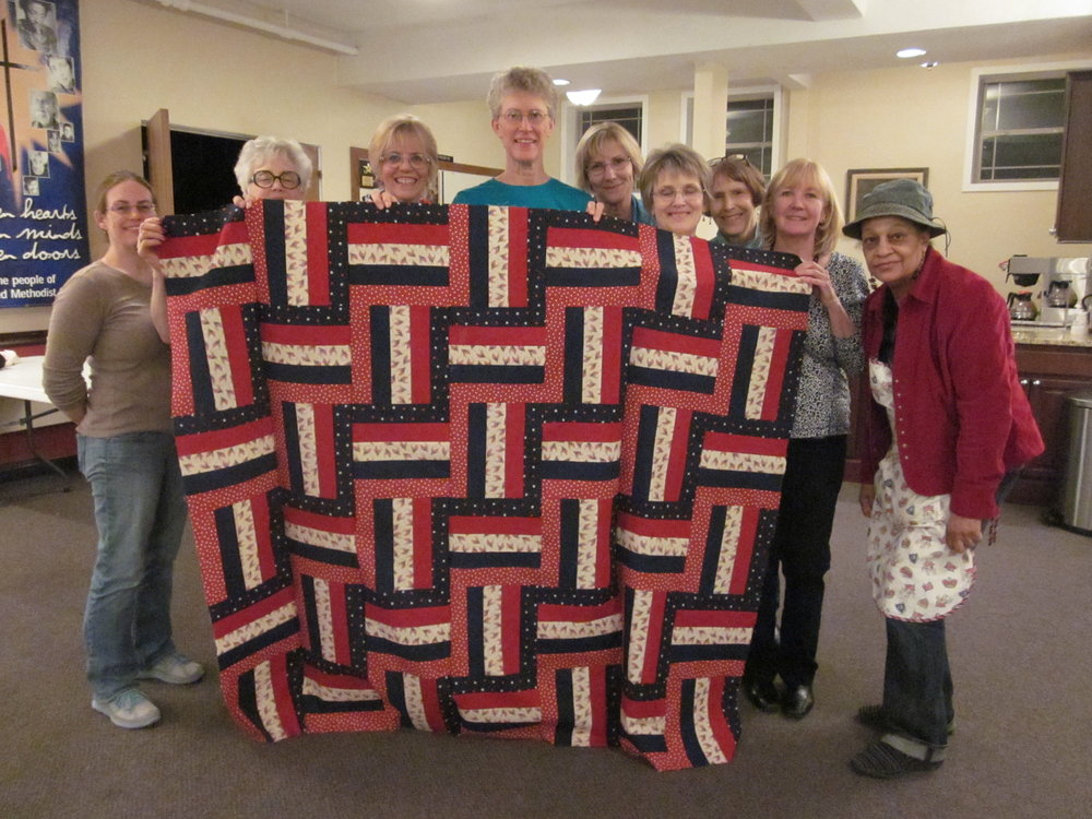 Group that stayed to finish with the March Madness 2015 Quilt of Valor!