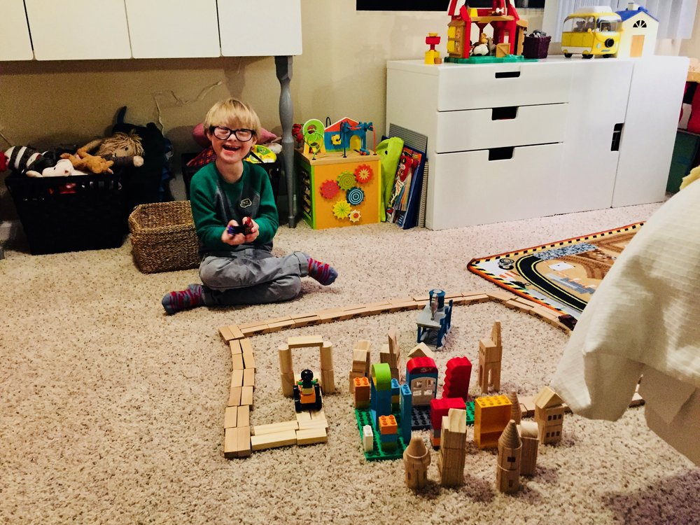 MYlo builds a city with a therapist -- all in an afternoon's work