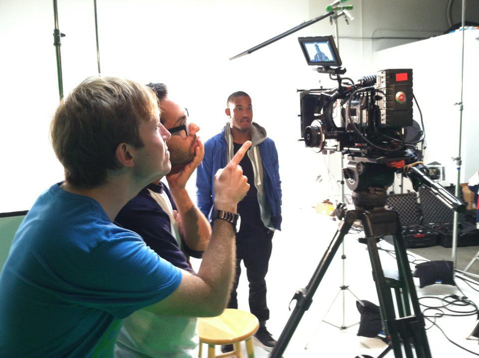 Sami directing DLRN'sGood Companymusic video.
