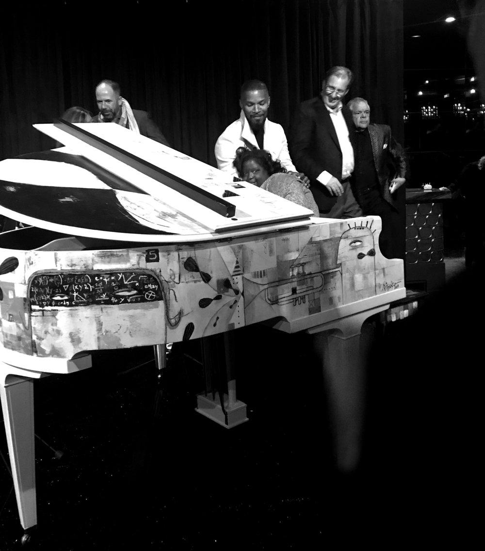 Piano_JamieFoxx_BW2.jpg