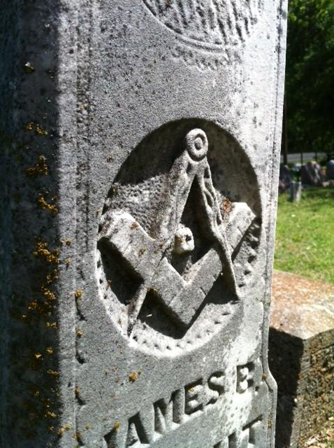 grave 2014 2.jpg