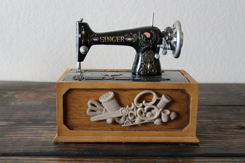 Vintage Miniature Singer Sewing Machine Sewing Kit Eidolon House Unique Sewing Kit For Sewing Machine