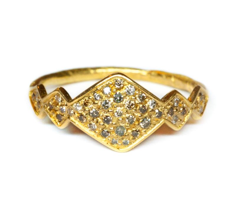 'Tri' Signet Ring