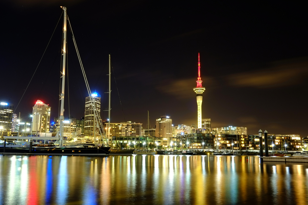 FUJI XPro 1, 18mm, F8, 30seconds, ISO200. Final stop for our community project. Straight out of camera JPEG