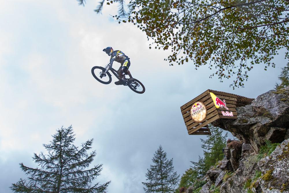 Gee Atherton at Red Bull Hardline 2015 Road Gap