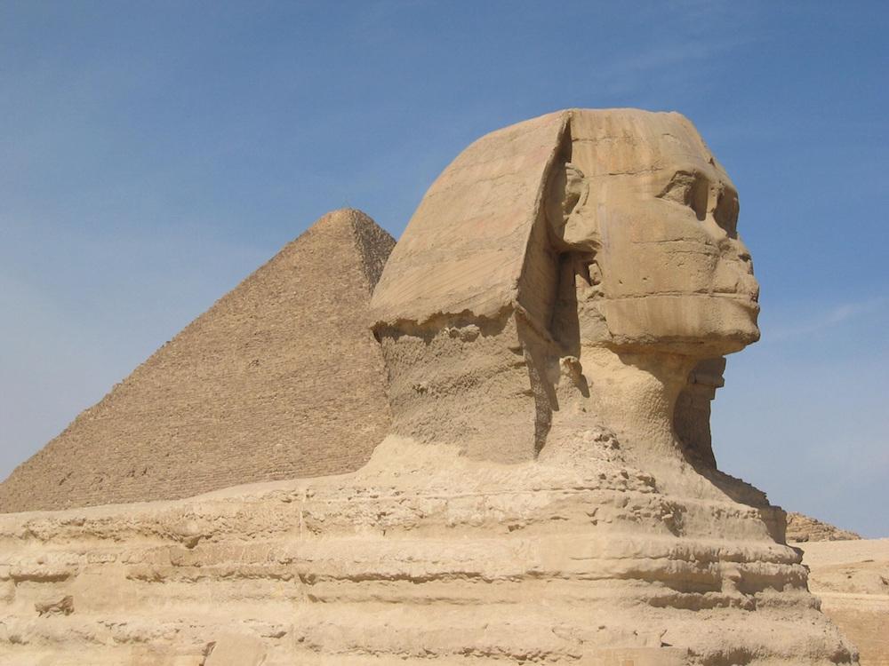 sand-desert-statue-pyramid.jpg