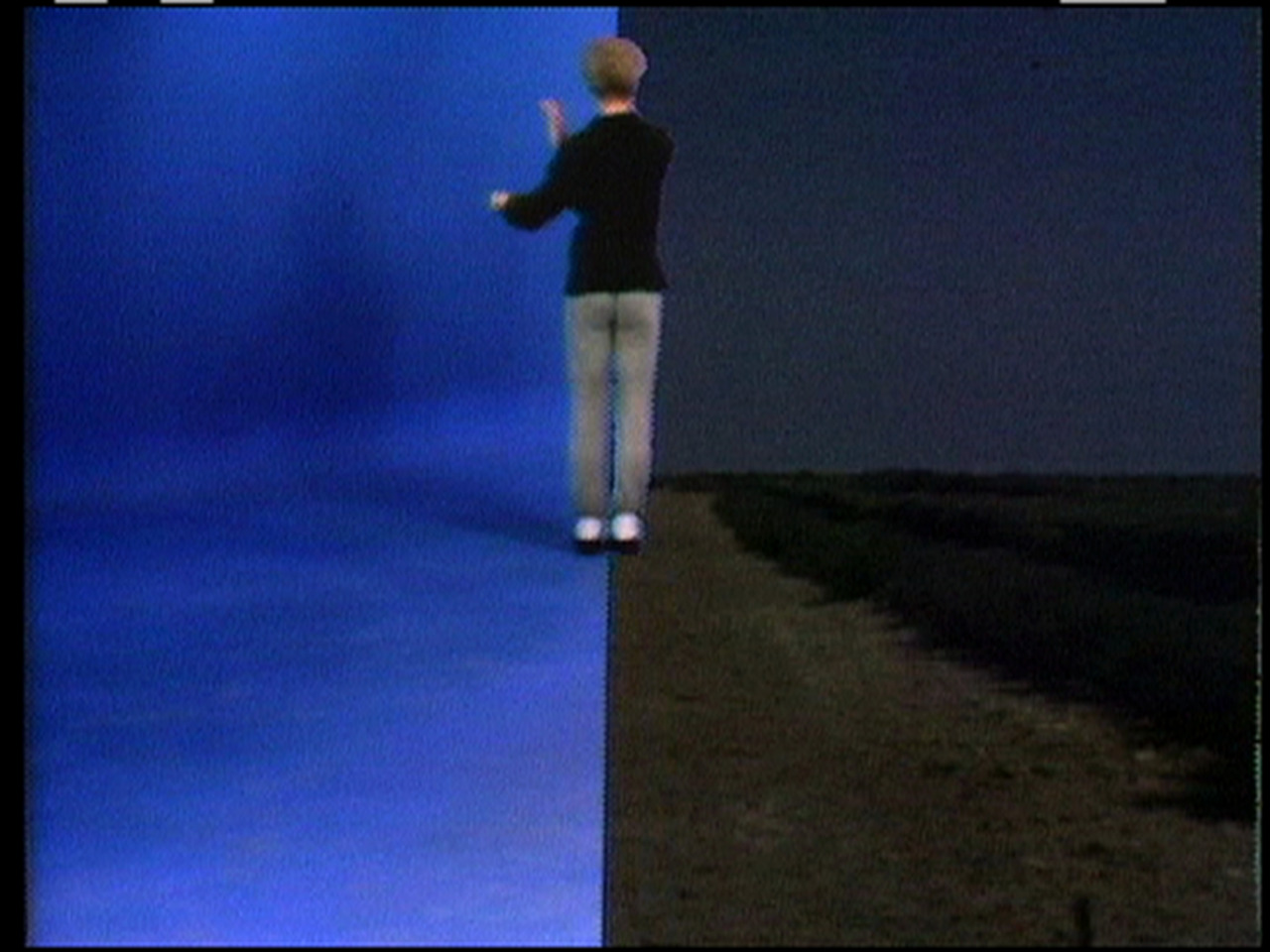 Charles Atlas and Merce Cunningham Blue Studio: Five Segments (video stills), 1975–76 Video, color, sound, 15:38 minutes Courtesy of Charles Atlas and Vilma Gold, London