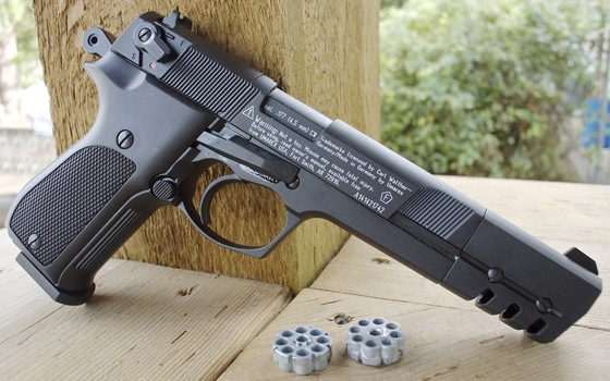 Walther CP88 Competition CO2  177 Caliber Pellet Pistol Table Top