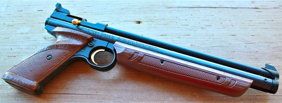 Crosman 1377 American Classic  177 Pellet Pistol Review