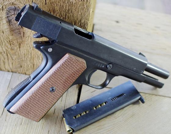 ME 8 General 1911 8mm PAK Blank Pistol Shooting Test