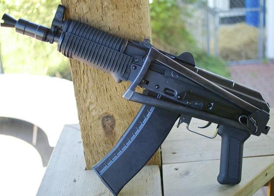 WE AK-74UN GBB Airsoft Assault Rifle Table Top Review