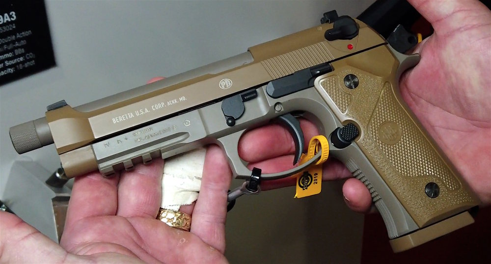 Umarex BB CO2 Blowback Beretta M9A3 Interview.jpg