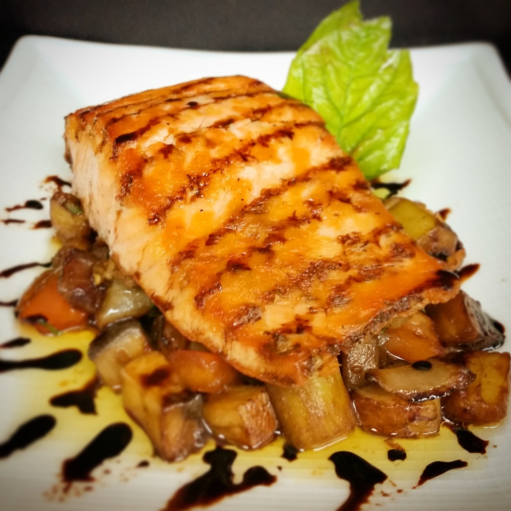 Balsamic Glazed Salmon.jpg