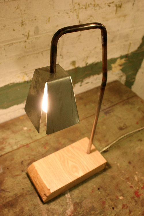 AshLamp2.jpg