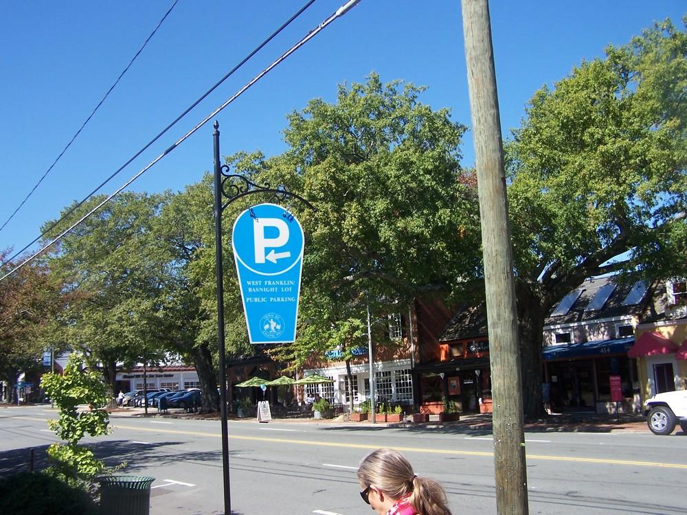 Basnight Parking sign.JPG