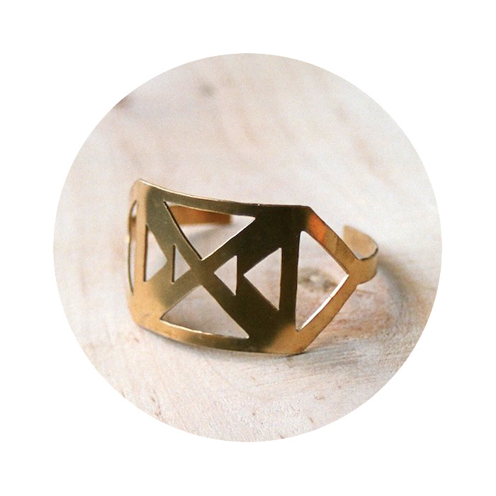 triangle_cuff