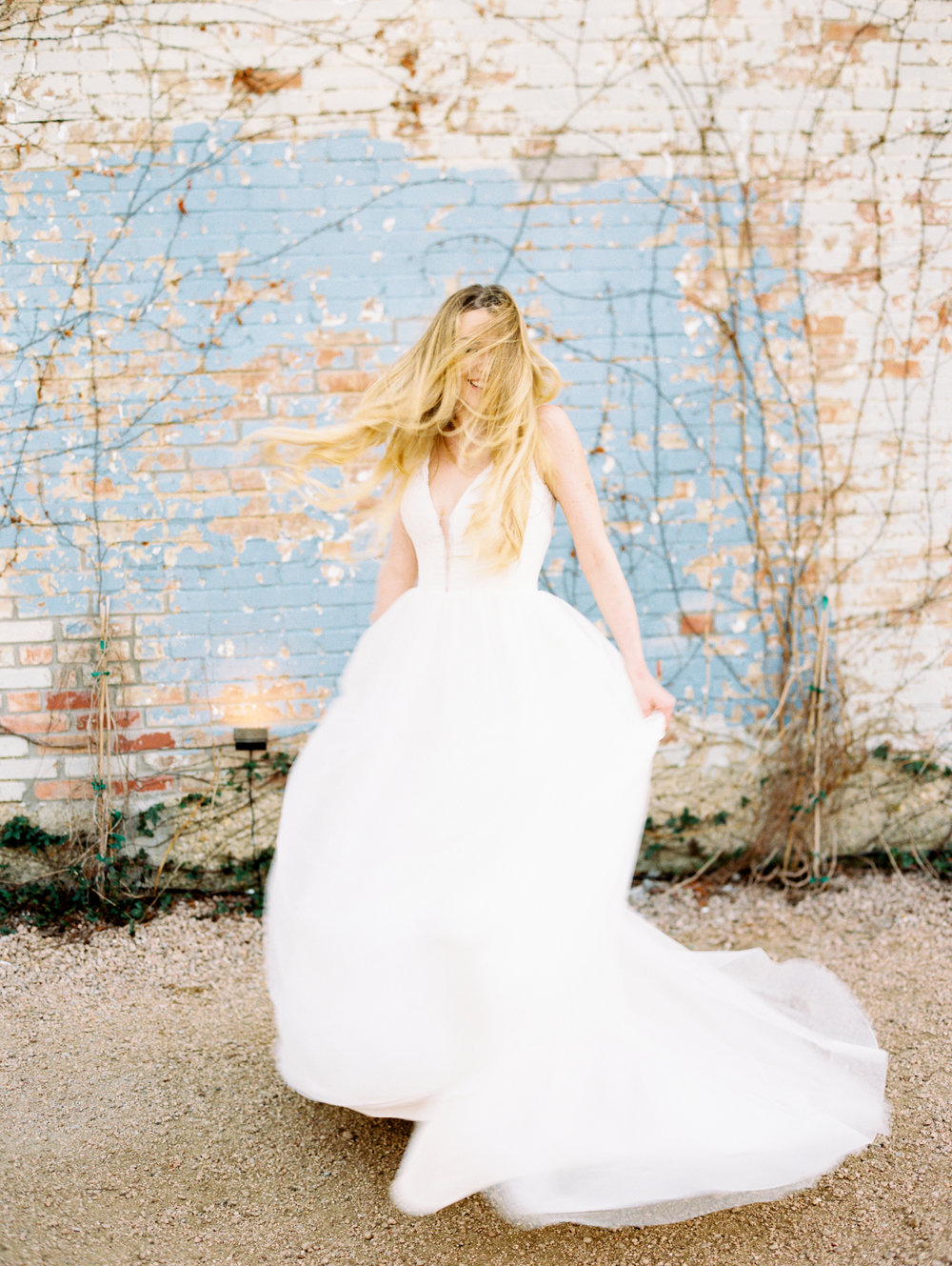 fort-worth-tx-brik-venue-bridals-ar-photography-taylor-221.jpg