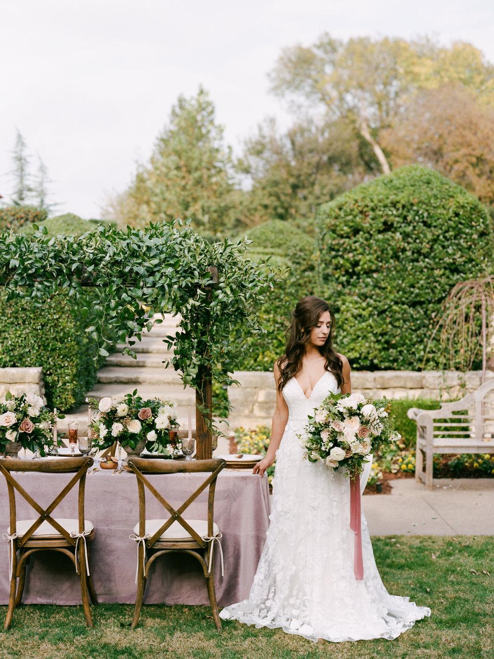 dallas-arboretum-botanical-garden-ar-photography-brides-of-north-texas-2018-70.jpg