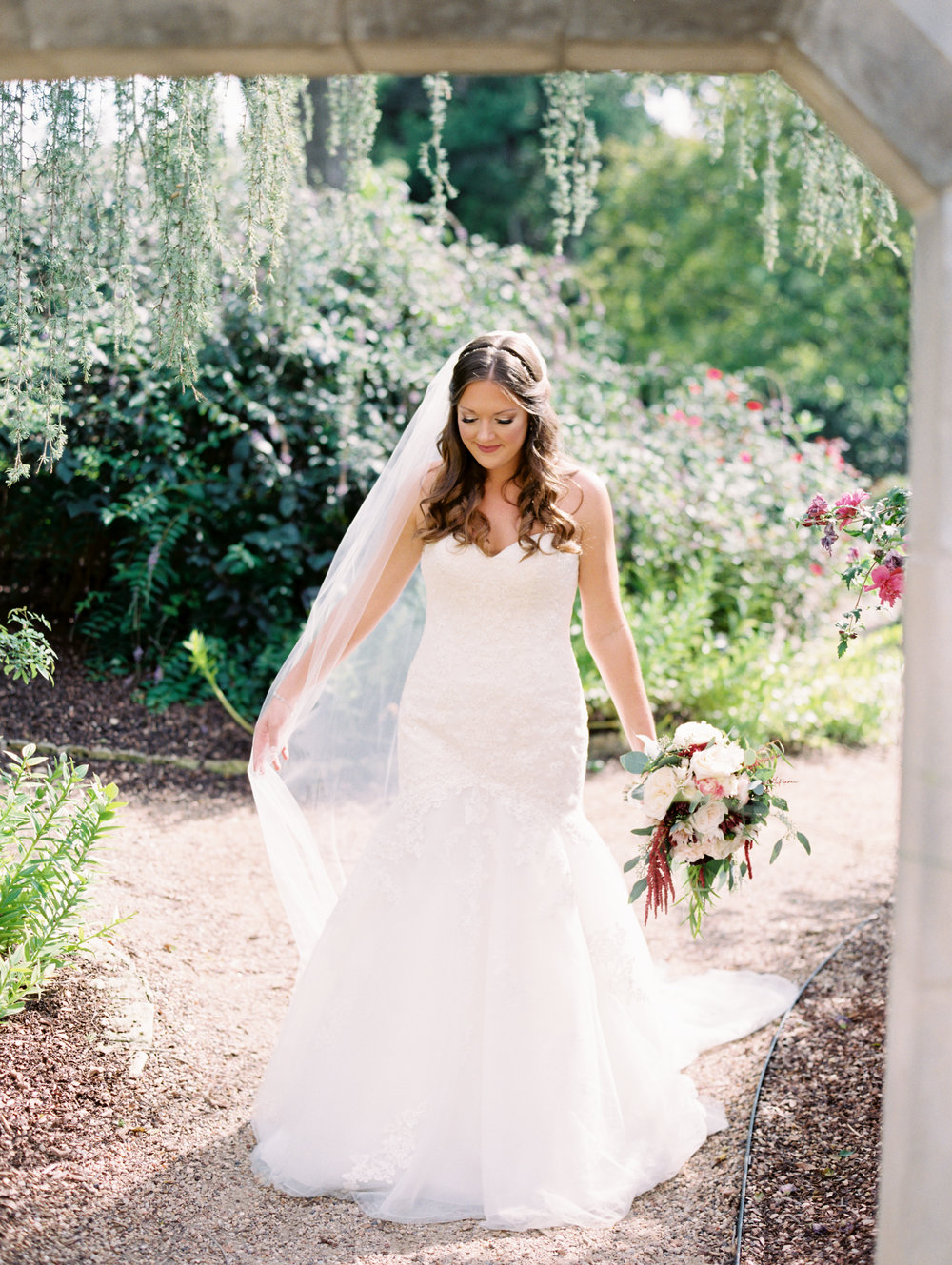 dallas-arboretum-botanical-garden-bridals-ar-photography-dana-45.jpg