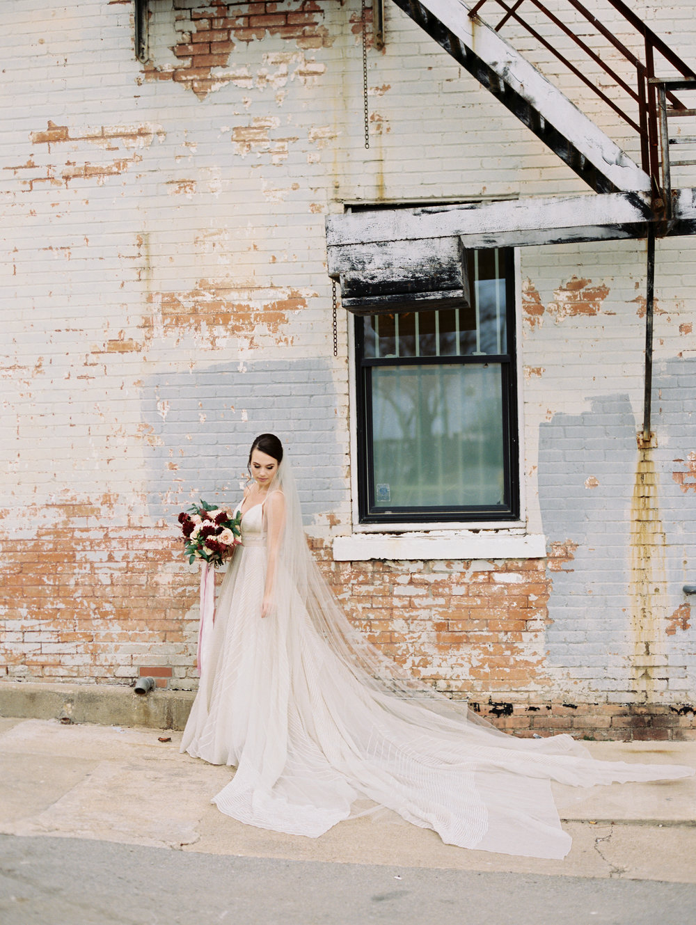 brik-venue-bridals-ar-photography-lindsey-27.jpg