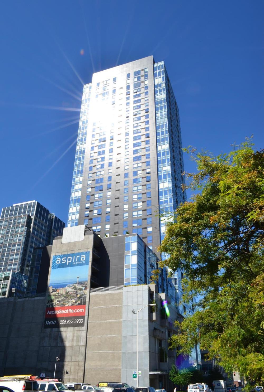 Aspira High-rise Residential Apartments - LMN Architects