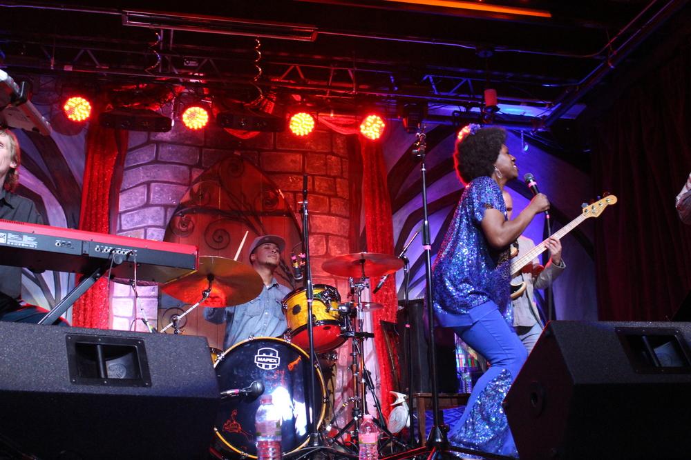 Women-jazz-jam-festival-knox3.JPG