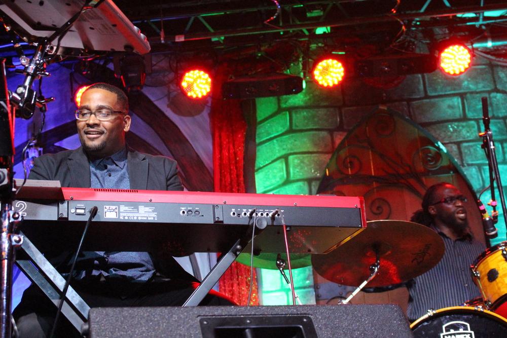 Women-Jazz-Jam-Knoxville.JPG