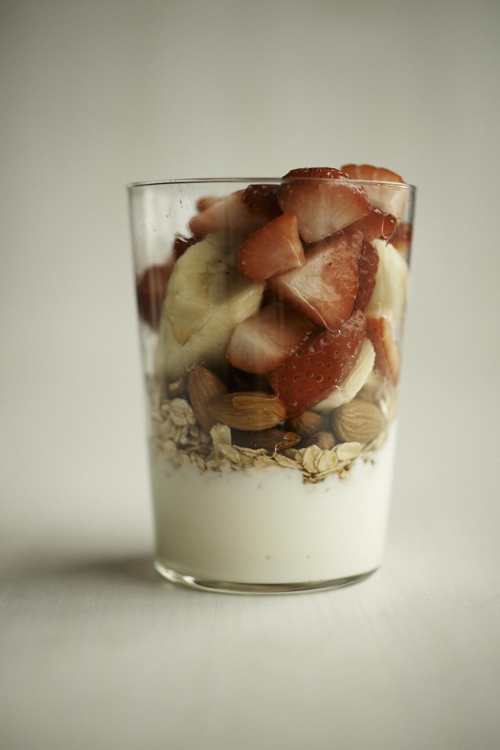 ED109451-hearty-fruit-oat-005.jpg