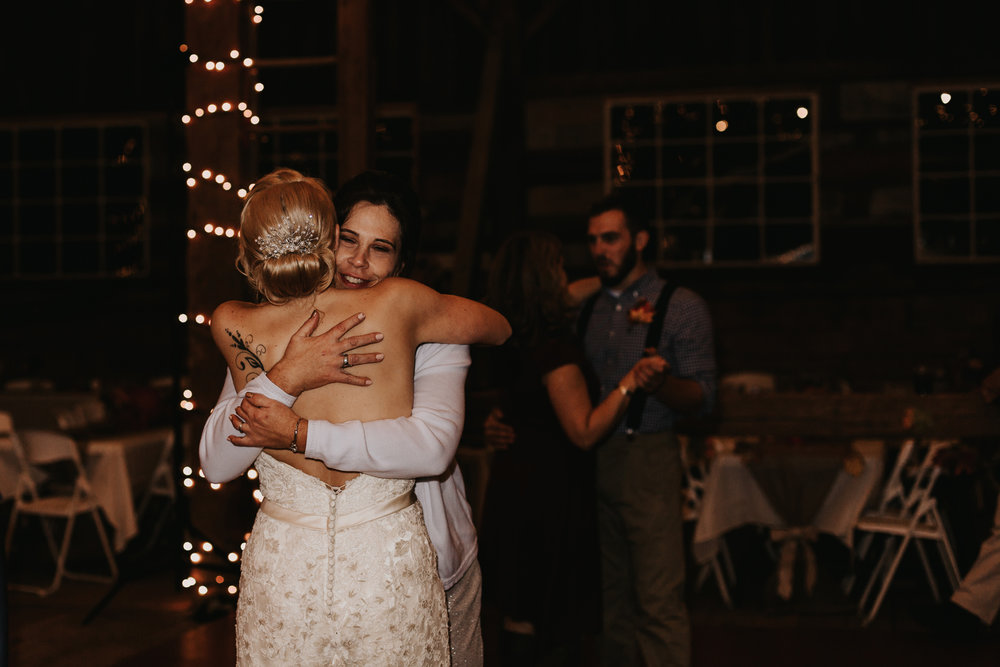 mom-and-daughter-dance-wedding-photography