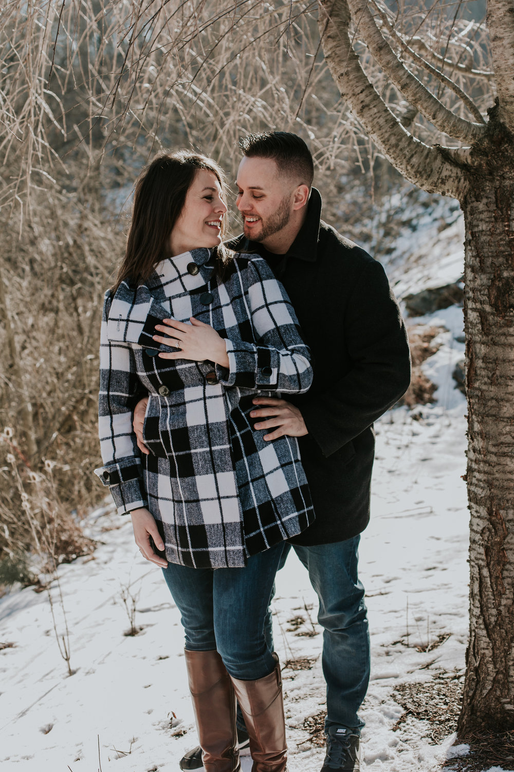 lehigh-valley-couples-engagement-portrait-winter-photography