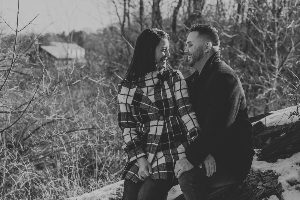 black-and-white-couples-portrait-photography-eastern-pa