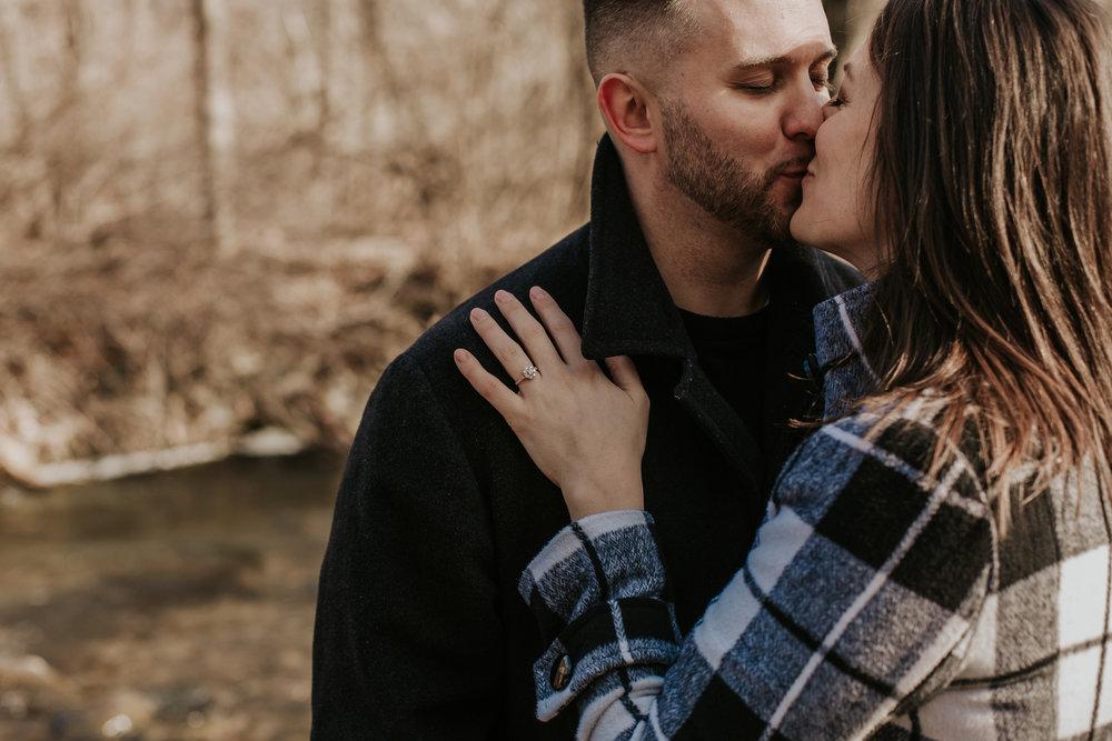 intimate-first-kiss-photography-slatington-pa