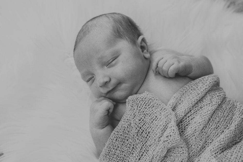 easton-pa-newborn-photographers