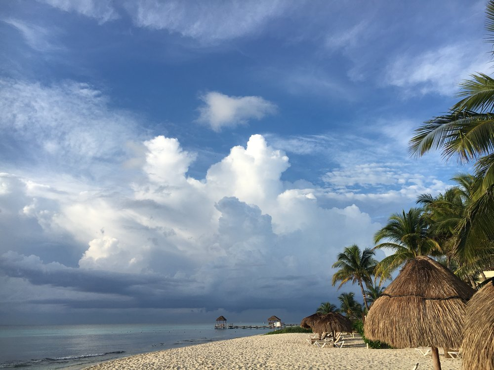 white-sand-beaches-in-playa-del-carmen-mexico