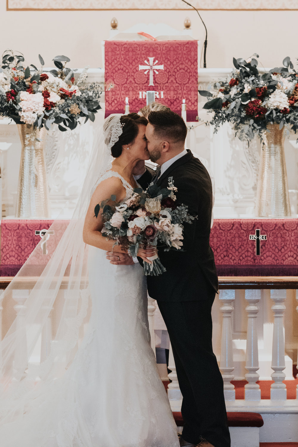 first-kiss-wedding-day-photography