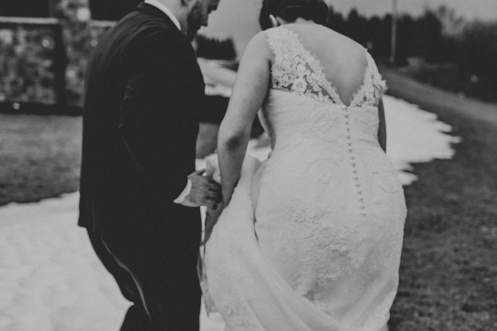 black-and-white-couples-photography