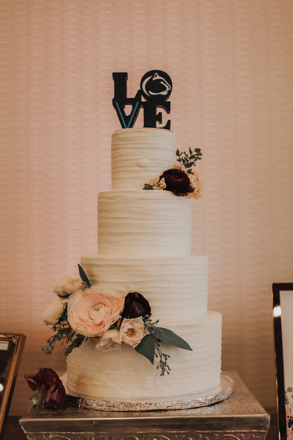 wedding-cake-photography