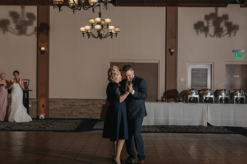 mother-son-dance-blue-mountain-reception-hall