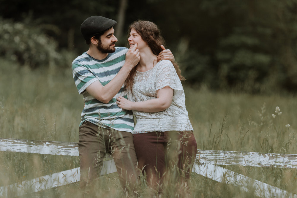 eastern-pa-engagement-session-candid