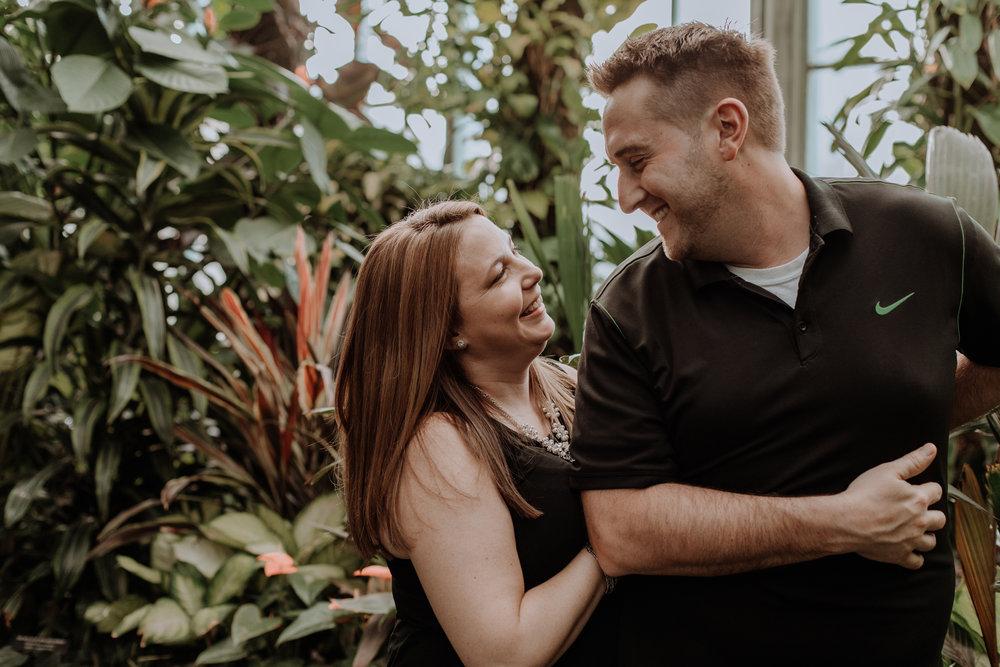 longwood-botanical-garden-couple-photography-session