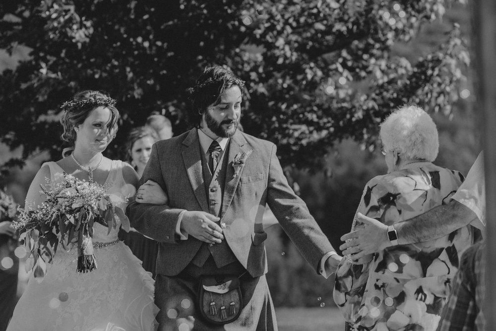 lehigh-valley-candid-wedding