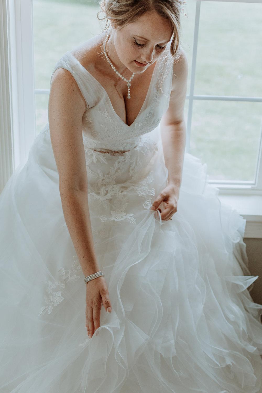 lehigh-valley-bride-portrait-window-lit