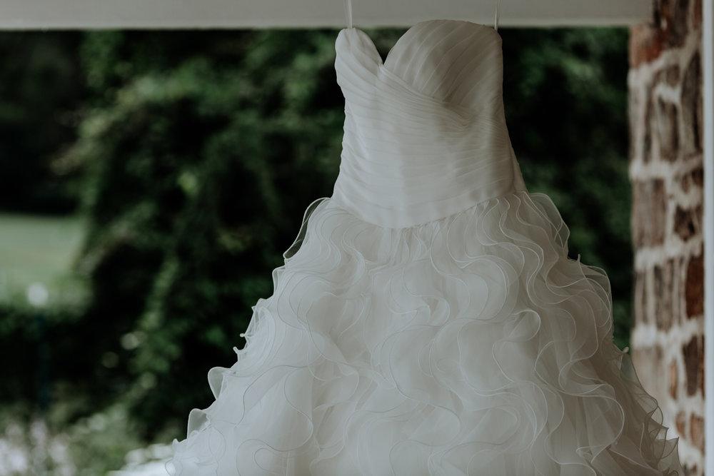 lehigh-valley-wedding-dress-photography