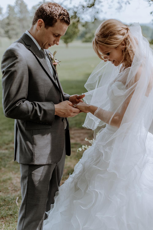 wedding-portraits-hellertown-silver-creek-country-club