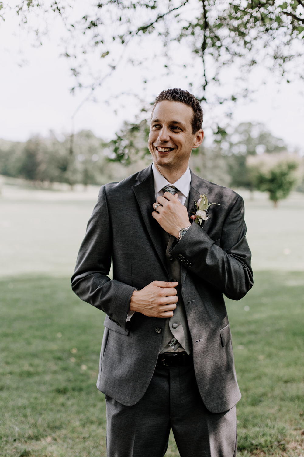silver-creek-country-club-groom-portrait-photography2