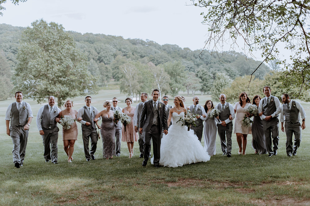 pa-wedding-photographer-big-bridal-party