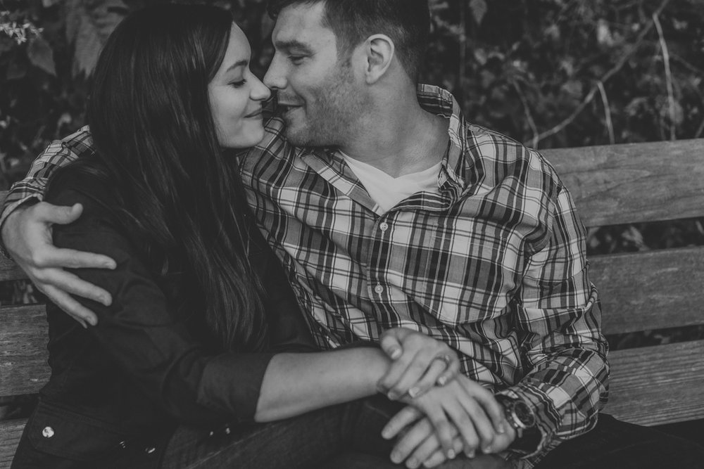 forbidden-drive-philly-photography-couple-2