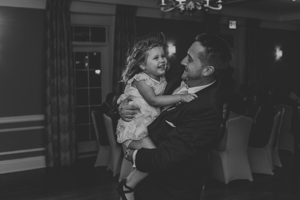 lehigh-valley-wedding-photography-manufacturers-golf-and-country-club-wedding-reception-1