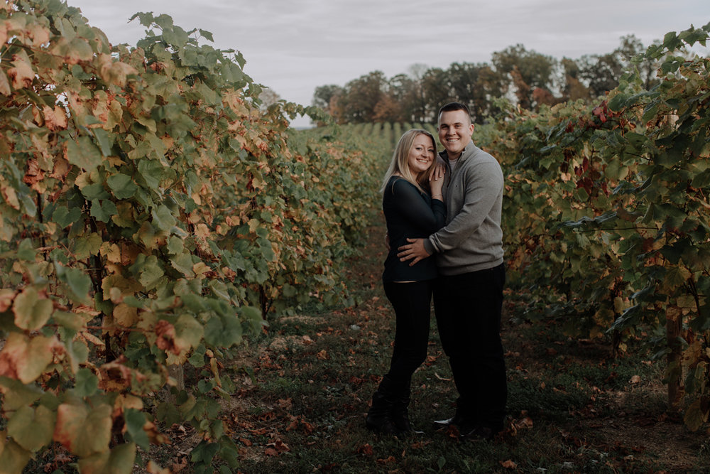franklin-hill-vineyard-engagement-session-photography